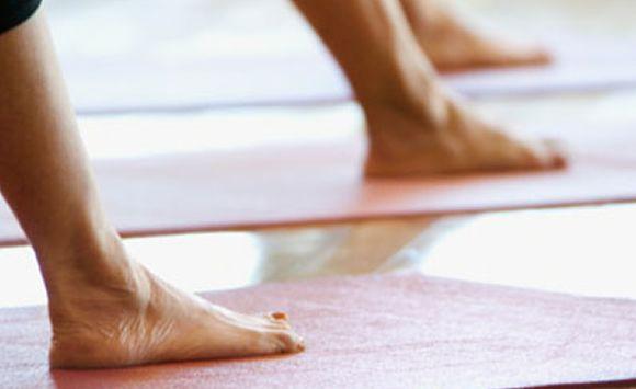esercizi corso di yoga